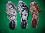 Sandal batik kulit