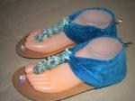Sandal gladys teplek biru