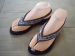 Sandal indian hitam